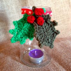 Crochet Xmas Leaves for a Candle Holder