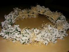 Corona con paniculata y florecillas para novia