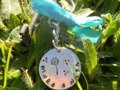 Dandelion make a wish key ring or necklace par LindaMunequita, $12,00