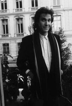 Happy 70 birthday Ray Davies! June 21 Waterloo Sunset, Dave Davies, The Kinks, 80s Music, Rock Bands, Rock And Roll, Storytelling, My Girl, Cool Photos