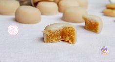 I sospiri sardi sono dei dolcetti di mandorle che si regalano nel periodo natalizio. facili da preparare, golosi e semplicissimi.