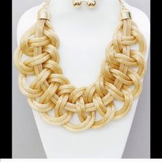 IN SEARCH OF This necklace :-) 😊😊😊Gold mesh chain necklace😊😊😊 Jewelry Necklaces