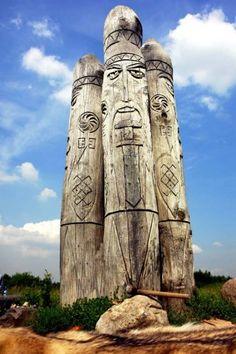 the statue of Perun in Russia