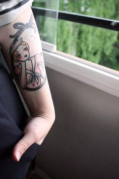 Sailor girl tattoo. Angelique Houtkamp. My most beloved artist. I would have her do this in a heart beat!