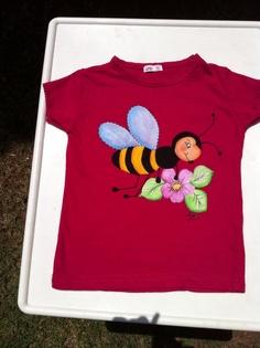 Camiseta infantil pintada a mano por mi