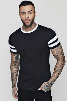 boohoo Contrast Panel Short Sleeve T-Shirt Best Mens T Shirts, Mens Tees, Cool Shirts, T Shirts For Women, Mens Dress Outfits, Stylish Mens Outfits, Mom Outfits, Handsome Bearded Men, Mens Hairstyles With Beard