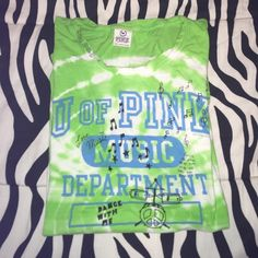 Pink UofPink Tee ❤️Vintage VS Pink design. ❤used condition. ✅offers ✅save on bundles ❌no trades PINK Victoria's Secret Tops Tees - Short Sleeve