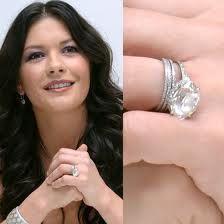 Catherine Zeta-Jones engagement ring from Michael Douglas - love that sideways set oval