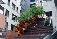 Uma escada sobre outra escada