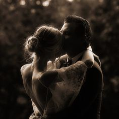A Wedding For Everyone! Couple Photography, Wedding Photography, Vintage Couples, Wedding Expenses, Wedding Reception Tables, Past Relationships, Self Design, The Dj, Romantic Look
