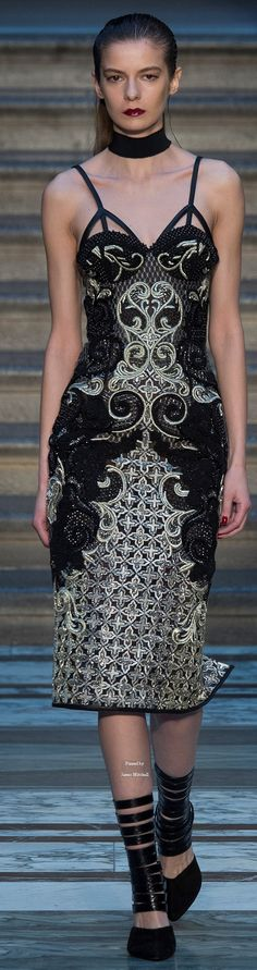 Julien Macdonald Collections Fall Winter 2015-16 collection
