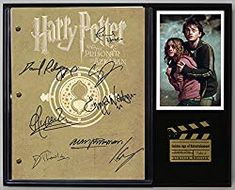 Harry Potter and The Prisoner of Azkaban Limited Edition Reproduction Movie Script Cinema Display Gold Record Outlet Theme Harry Potter, Harry Potter Room, Harry Potter Wand, Harry Potter Gifts, Harry Potter Movies, Movie Scripts, Prisoner Of Azkaban, Hogwarts Mystery, Book Gifts