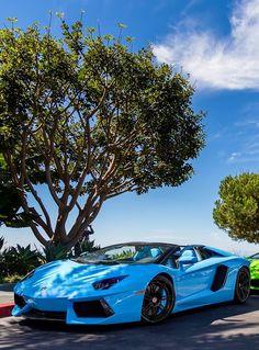Lamborghini Aventador  Las mejores ofertas de Lamgorghini en http://www.cochessegundamano.es