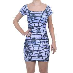 O Vestido Feminino Hurley é um vestido maravilhoso, além de ser super confortável de tecido leve, é lindo e estiloso. Ótimo ajuste no corpo.