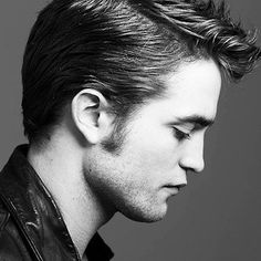 Definitive Proof That Robert Pattinson's Jawline Is The Most Important Thing To Ever Happen To Humanity