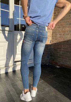 Casual Outfits, Men Casual, Skin Tight, Super Skinny Jeans, Sexy Men, Street Wear, Mens Fashion, Riped Jeans, Soccer Guys