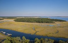 Daniel Island, the beautiful island town outside of Charleston had 273 closed residential sales for 2017, with an average price of $483k and days of inventory 4.9%.   CHECK OUT HOME VALUES at www.charlestonwelcomehome.com, 843-793-4023