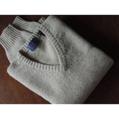 Vintage Pendleton Sweater Men's V Neck Pullover Sweater Size L... ($88) ❤ liked on Polyvore featuring men's fashion, men's clothing, men's sweaters, mens vneck sweater, mens sweaters, mens v neck sweater and vintage mens sweaters