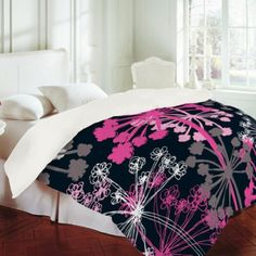 Rachael Taylor - Cow Parsley Duvet Cover