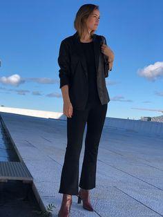 Tibbi Blazer deguy.no Blazer, Suits, Style, Fashion, Swag, Moda, Fashion Styles, Blazers, Suit