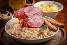 I love this sauerkraut ham recipe because the labor is on point. It's slightly vinegary from the sauerkraut, sweet from the apples, and hearty because of the ham and grated potatoes. Serve with a tall, cold glass of beer. Pork Roast And Sauerkraut, Sauerkraut Recipes, Ham Recipes, Crockpot Recipes, German Recipes, Fermented Cabbage, Pressure Cooker Recipes, Slow Cooker, Easy Meals