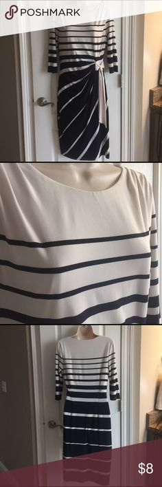 Sangria dress size 8 Polyester/spandex, fully lined, navy/creme Sangria Dresses
