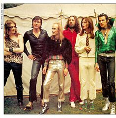 Roxy Music (1972) by Barry Plummer 70s Music, Music Love, Rock Music, Brian Eno Roxy Music, Rock N Roll, Children Of The Revolution, Rock Revolution, Psychedelic Bands, Marc Bolan
