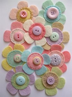 paper-and-string. Felt Flower Craft Pack :: Pastel