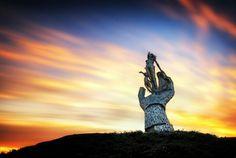 Lifeline ~ A Sculpture by Andy Scott, located in Shillinghill, Alloa, Clackmannanshire, Scotland