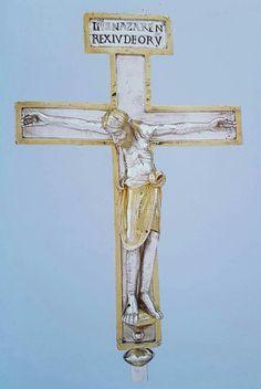 Croce d'argento del vescovo Bernward  Hildesheim 1010-1022 circa Argento fuso Hildesheim, Dom-Museum