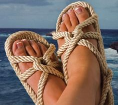 How to Avoid and Treat a Toe Fungal Infection http://footanklealliance.com/blog/foot-doctors-in-san-diego-los-angeles/