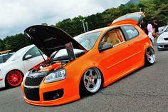 GTI MK5... Love my fahrenheit :)