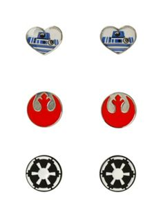 Out of this world Star Wars Earrings! - Star Wars Rings - Ideas of Star Wars Rings - Out of this world Star Wars Earrings! Disney Earrings, Disney Jewelry, Geek Girl Fashion, Star Wars Ring, Star Trek, Star Wars Jewelry, Star Wars Crafts, Movie Decor, Star Wars Outfits
