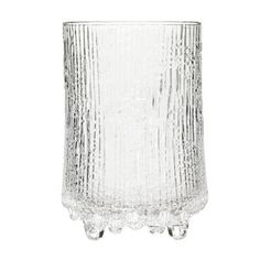 Ultima Thule highball glasses are part of Iittala's iconic glassware range created in 1968 by Tapio Wirkkala. The inspiration for the collection was found from the melting spring ice of Northern Finland.