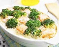 Clafoutis de brocolis au saumon : http://www.cuisineaz.com/recettes/clafoutis-de-brocolis-au-saumon-14674.aspx