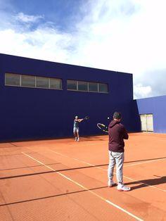 Rafa Nadal 27 April ·     Entrenando en Manacor con Carlos Moyà  Practicing in Manacor with Carlos Moyà.