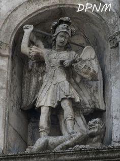 Il Santuario di S.Michele Arcangelo (FG) :: Due passi nel mistero
