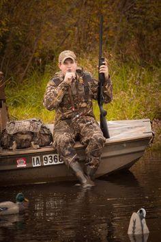 Duck Hunting, Camo loving, gun toting kinda boy senior pictures. Shea Studio Photography • Ackley, Iowa