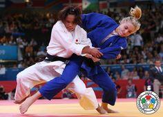 Automne Pavia (FRA), Kaori Matsumoto (JPN) - Olympic Games London (2012, GBR) - © IJF Media Team, IJF