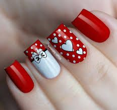 Art Creative DIY Love Nail Valentine Most Creative Diy Valentine Nail Art You Will Love, If you wish to force you to get inferior more dramatic and sleek you will need to bring some wood decorations inside. Nowadays, nail art has gotten so. Diy Valentine's Nails, Red Nails, Love Nails, Pretty Nails, Holiday Nails, Christmas Nails, Nailart, Romantic Nails, Valentine Nail Art