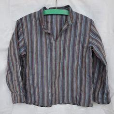 Easy Linen Shirt - Upcycled from a skirt.  Details on Lille's blog: http://krokodilledesign.blogspot.com/2012/02/finskjorte-og-omslagsvest.html?showComment=1331147169354#c3461830803234424772