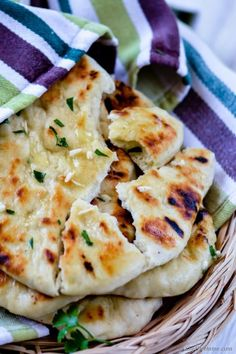 Easy No Yeast Garlic Naan Bread - Great to bake in oven or cook on stove top | chefdehome.com