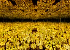 """High Museum of Art, Atlanta- Photo inside a bright, yellow and black mirrored Infinity Room by Yayoi Kusama titled """"All the Eternal Love I Have for the Pumpkins. Yayoi Kusama, Infinity Mirror Room, Infinity Room, Infinity Art, Seattle Art Museum, Cleveland Museum Of Art, Infinity Spiegel, Hirshhorn Museum, Sculptures"""