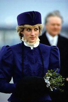 Le bleu, l'une des couleurs préférées de la princesse Diana