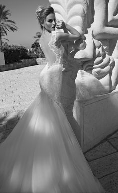 Do you dare to bare a little skin in back when you walk down the aisle? If the answer is yes, then get ready to fall head over heels for these open back Galia Lahav wedding dressesthat areeven more gorgeous from the back. Take a look!