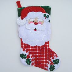 Powered by APG vNext Trial - Todos los Foros Baby Christmas Stocking, Felt Christmas Stockings, Felt Stocking, Christmas Applique, Felt Christmas Ornaments, Christmas Candy, Christmas Holidays, Christmas Wreaths, Christmas Crafts