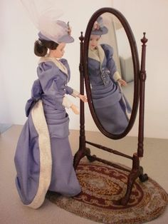 damaged 1:6 scale mahogany Bespaq cheval mirror for barbie- ends 12-2-12 on ebay now!