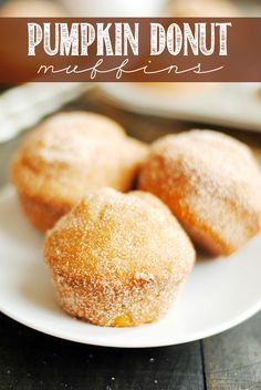 All the taste of a delicious pumpkin donut in the easier-to-make form of a (baked!) muffin! Rolled in cinnamon sugar and topped with maple frosting, these babies are incredible!