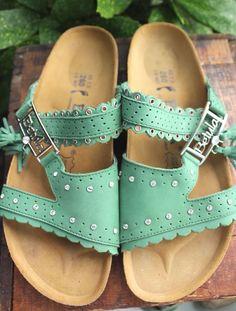b8a3d5374747a BIRKENSTOCK Betula Green Leather Tassles   Rhinestones 40 Women 9