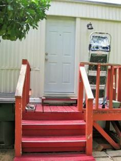 painting the door on a single wide mobile home